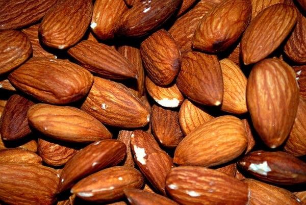 Zijn amandelen gezond? 6 redenen om ze vaker te eten!