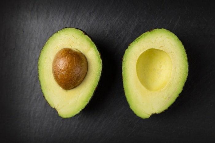 Hoe kun je het best een avocado bewaren?