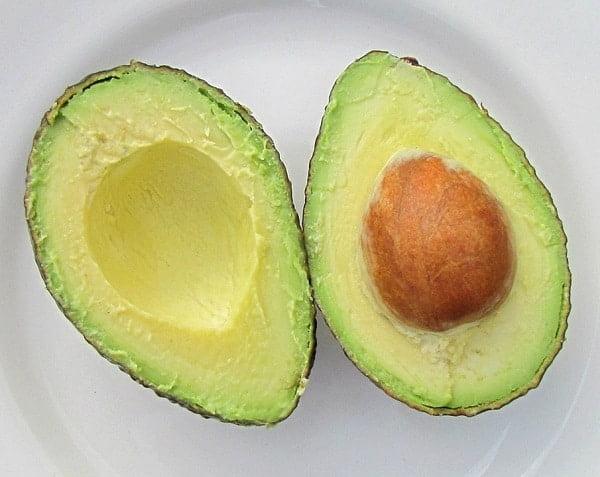 hoeveel calorieën in een avocado? | drogespieren.nl