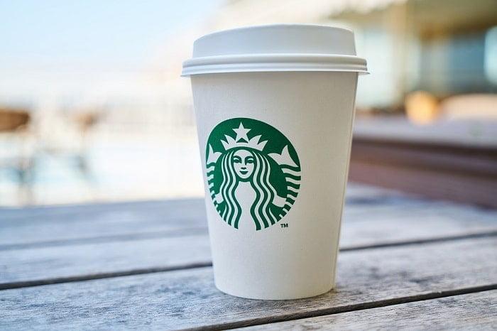 Hoeveel calorieën zitten er eigenlijk in Starbucks koffie?