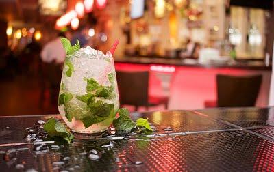 Waarom je beter geen cocktails kunt drinken!