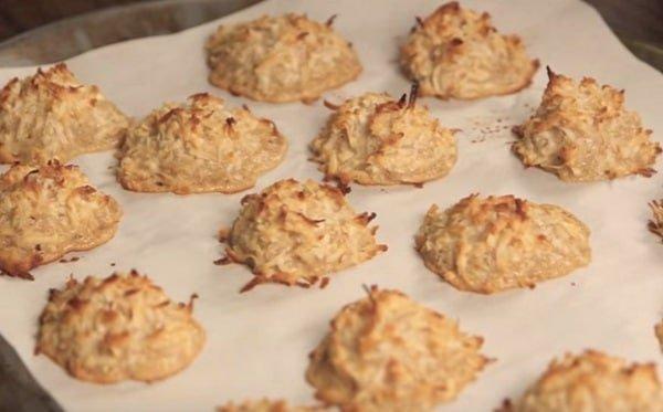 Gezonde kokosmakronen maken met maar 3 ingrediënten!