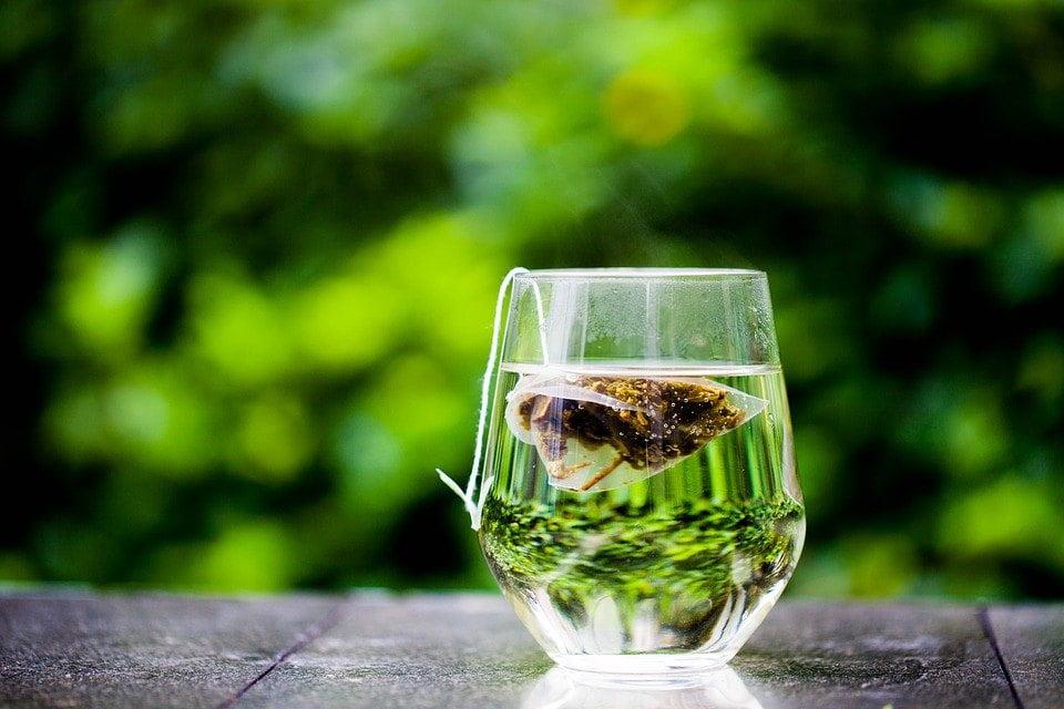 Is groene thee gezonder dan 'normale' thee?