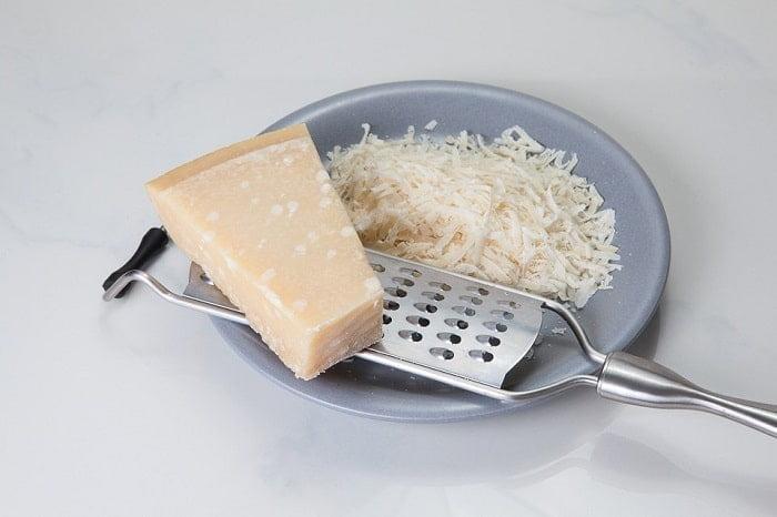 Welke kaas bevat de meeste calorieën?