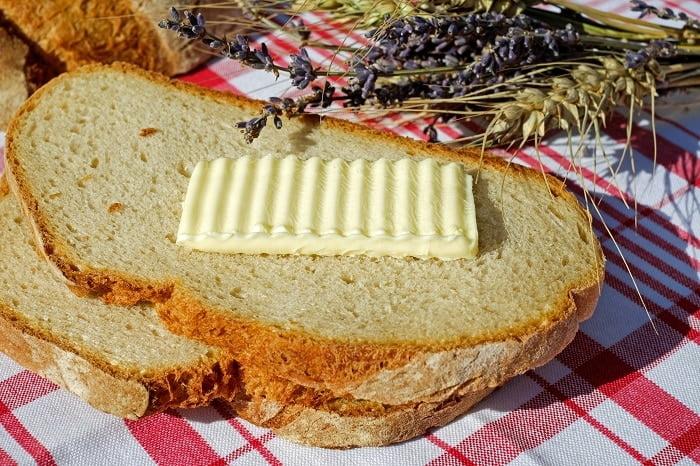 Koolhydraten en vet combineren: mag dat in een dieet?