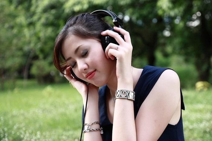 Muziek luisteren is gezond: 7 redenen!
