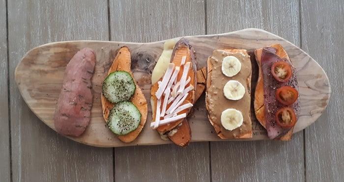 Zoete aardappel tosti's! Een paar leuke variaties om echt eens te proberen!